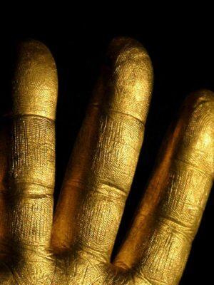Saudagar Si Tangan Emas