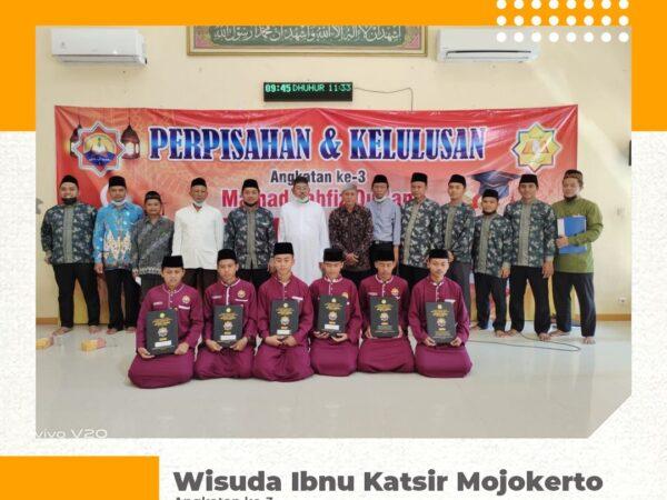 Wisuda Ibnu Katsir Mojokerto Angkatan 3